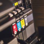 【フリーランスデザイナー必見】名刺・フライヤー・ポスター・ステッカー・ノベルティー・ハンコを扱うネットプリント印刷会社まとめ